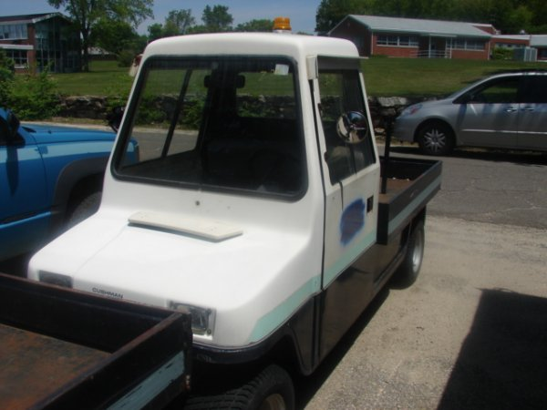 912: Cushman Hawk, 2 wheel drive utility cart with 1237