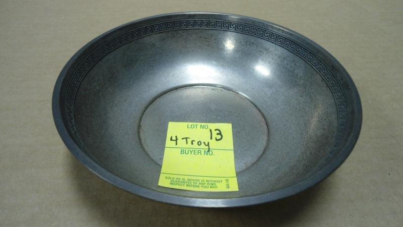 "13: Shallow Bowl, Sterling Silver w/ Greek Key, 6"" Diam"
