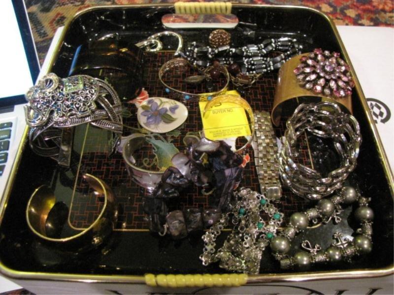 15: Lot of Costume Jewelry – Assorted Bracelets