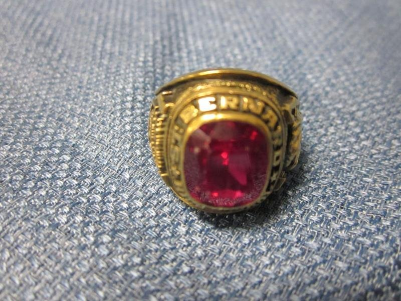 10K Gold High School Ring, St. Bernard