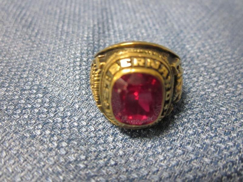 10K Gold High School Ring, St. Bernard
