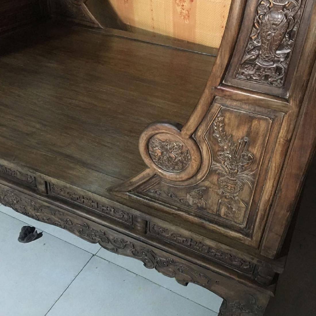 CHINESE QING DYNASTY HUANGHUALI MOON BED FRAME - 2