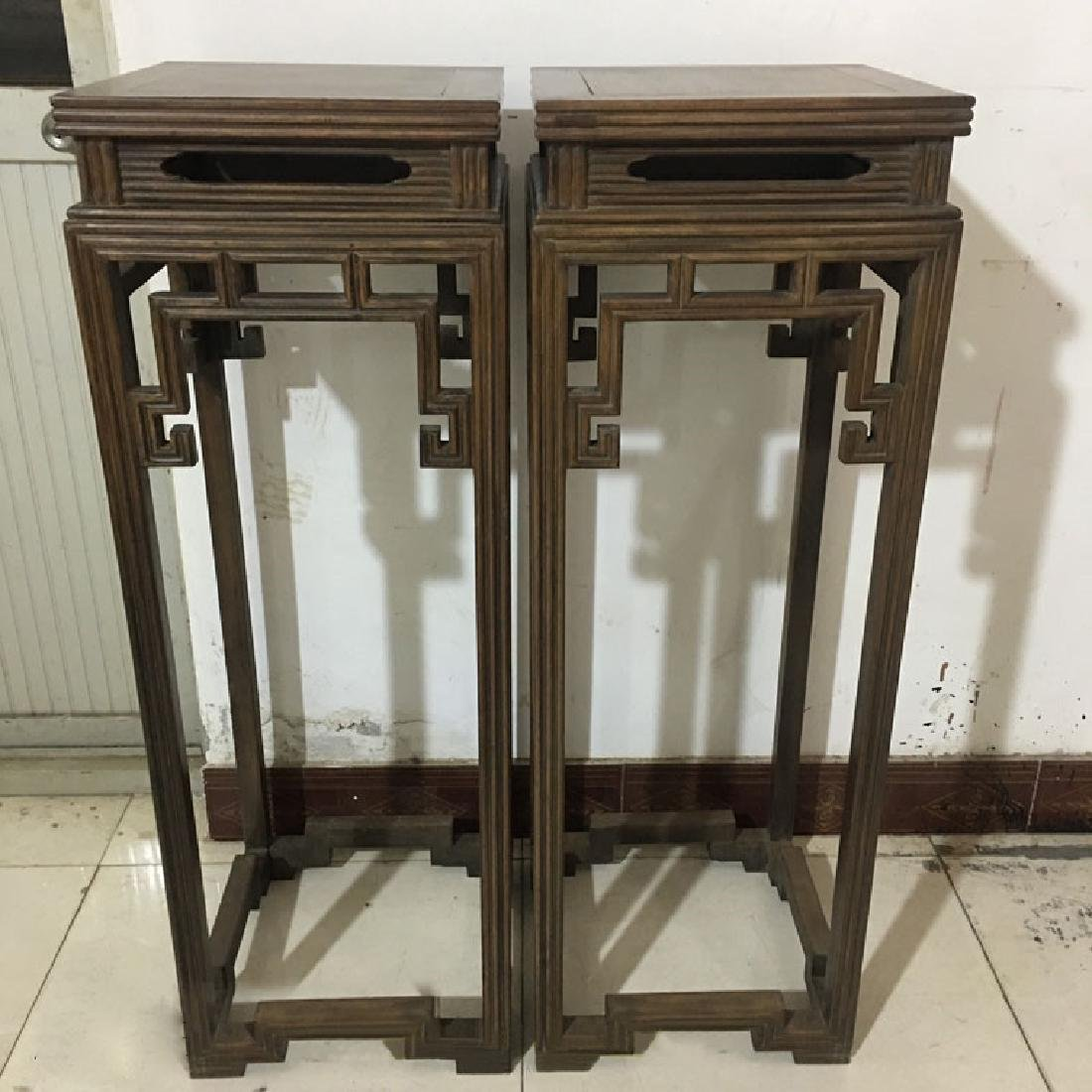 CHINESE QING DYNASTY HUANGHUALI FLOWER RACK FLOWER