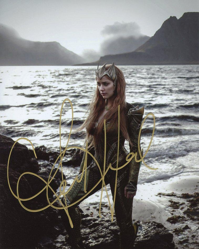 Amber Heard AQUAMAN In Person Signed Photo