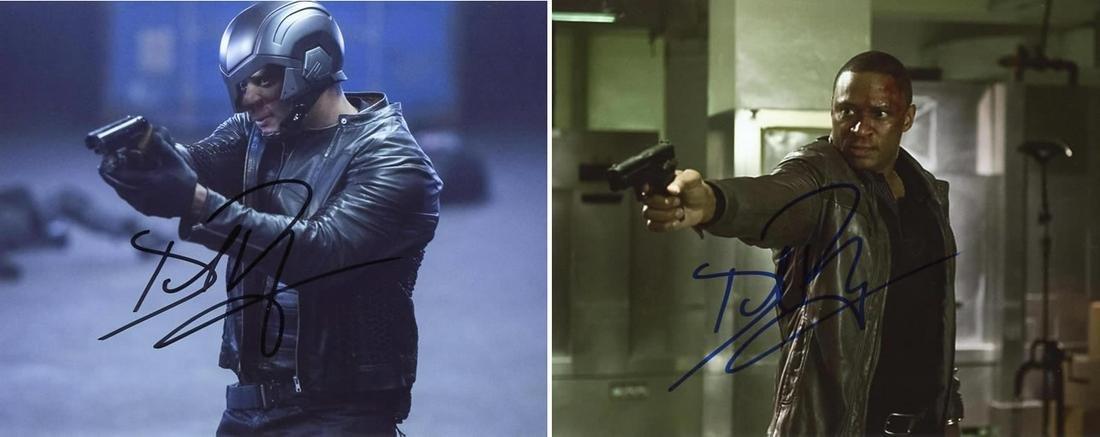 2 David Ramsey ARROW In Person Signed Photos