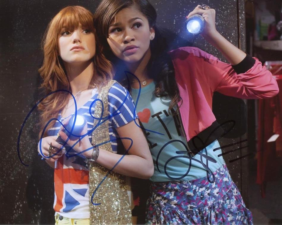 Zendaya / Bella Thorne SHAKE IT UP In Person Signed