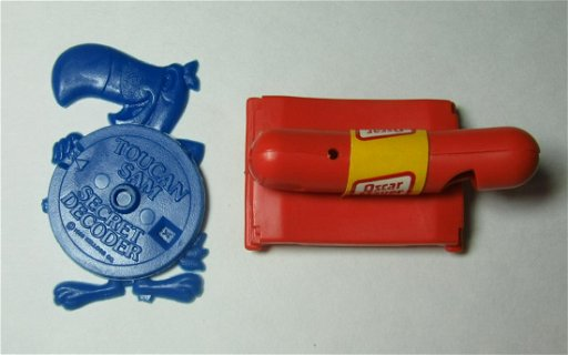 VINTAGE Tucan Sam Secret Decoder / Oscar Mayer Weiner