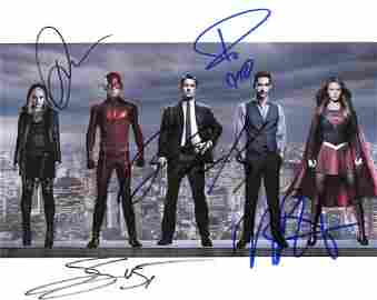 DC Heroes AMAZING In Person Signed Photo