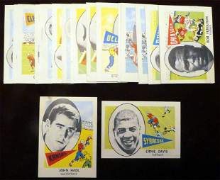 1961 Nu Card Scoops Football lot of (22) Cards