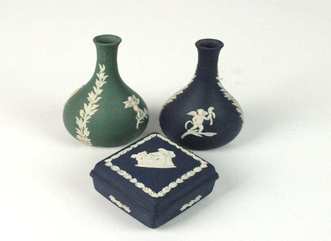 3 Wedgwood Jasperware Bud Vases Trinket Box
