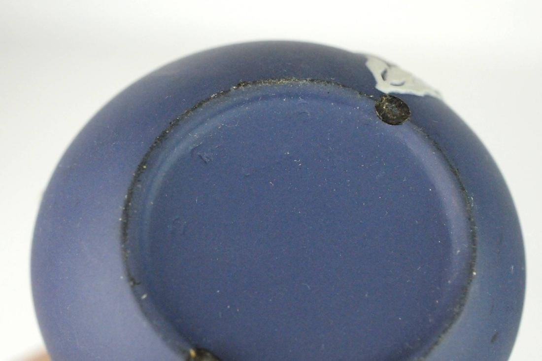 3 Wedgwood Jasperware Bud Vases Trinket Box - 6