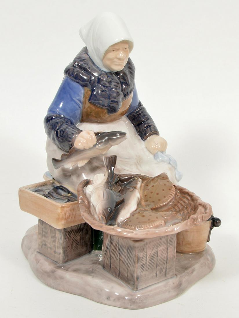 Bing & Grondahl Royal Copenhagen Figurine 2233