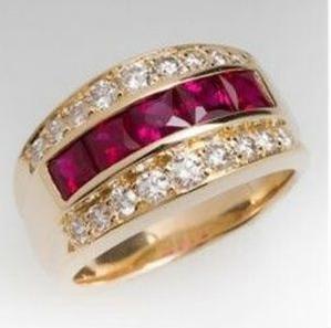 18 K Yellow Gold Red Ruby Diamond Ring