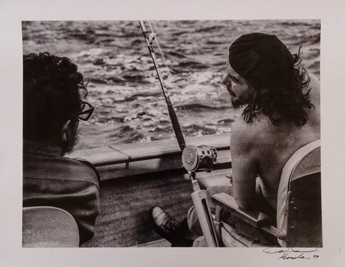 Alberto Korda, Che Guevara and Castro Fishing, 1960 Sil