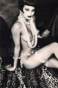 ELLEN VON UNWERTH, Maria Luisa with White Pearls, 1992
