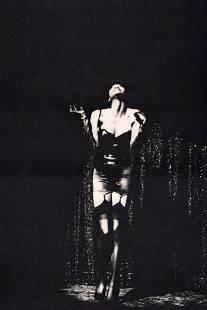 Ellen Von Unwerth, Naomi Dancing, Paris 1988