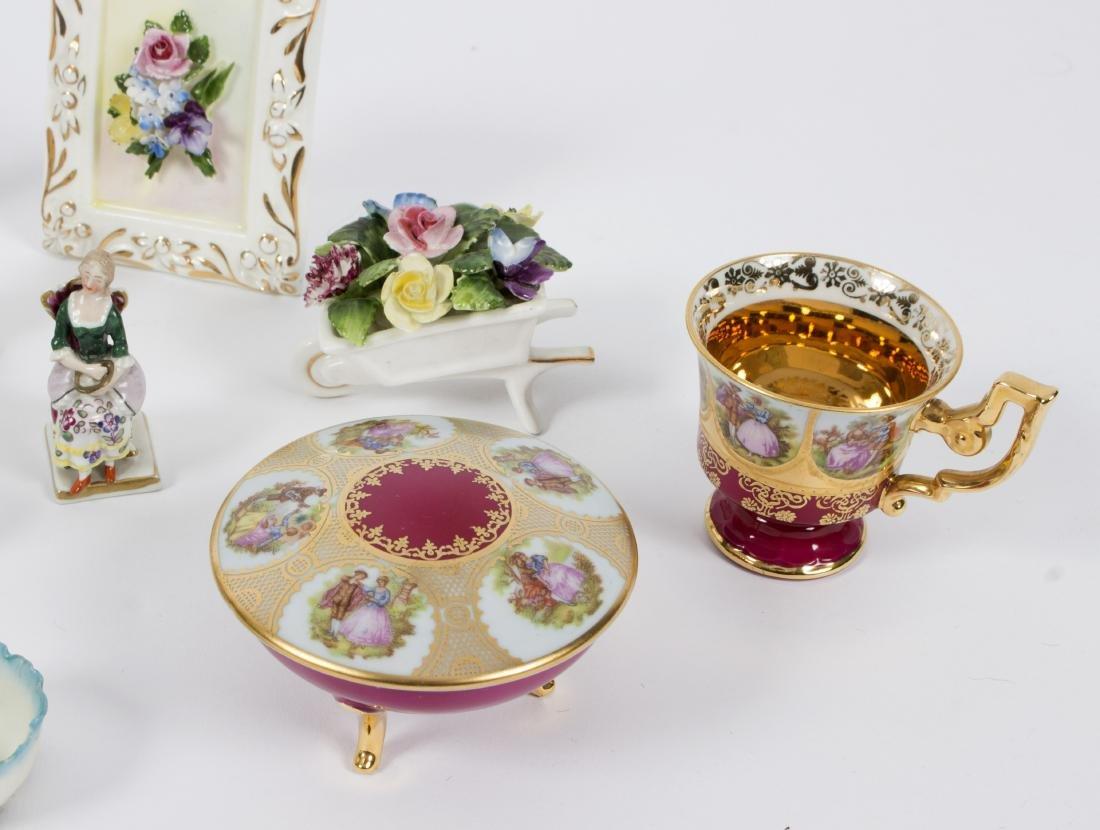A collection of miniature porcelain figures, birds, - 2