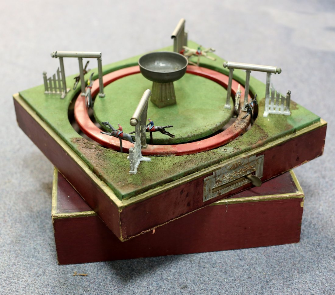 A French mechanical horse racing game by Jouet de Paris