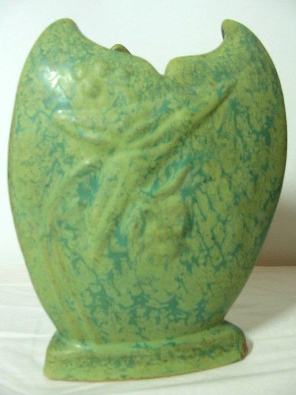 9: Weller Vase Tutone
