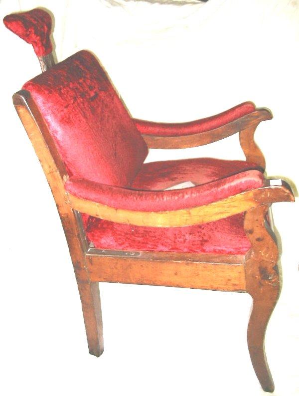 47: Early Antique Dentist Chair Dental Chair