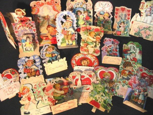 1: 23 Stand up vintage Valentine cards