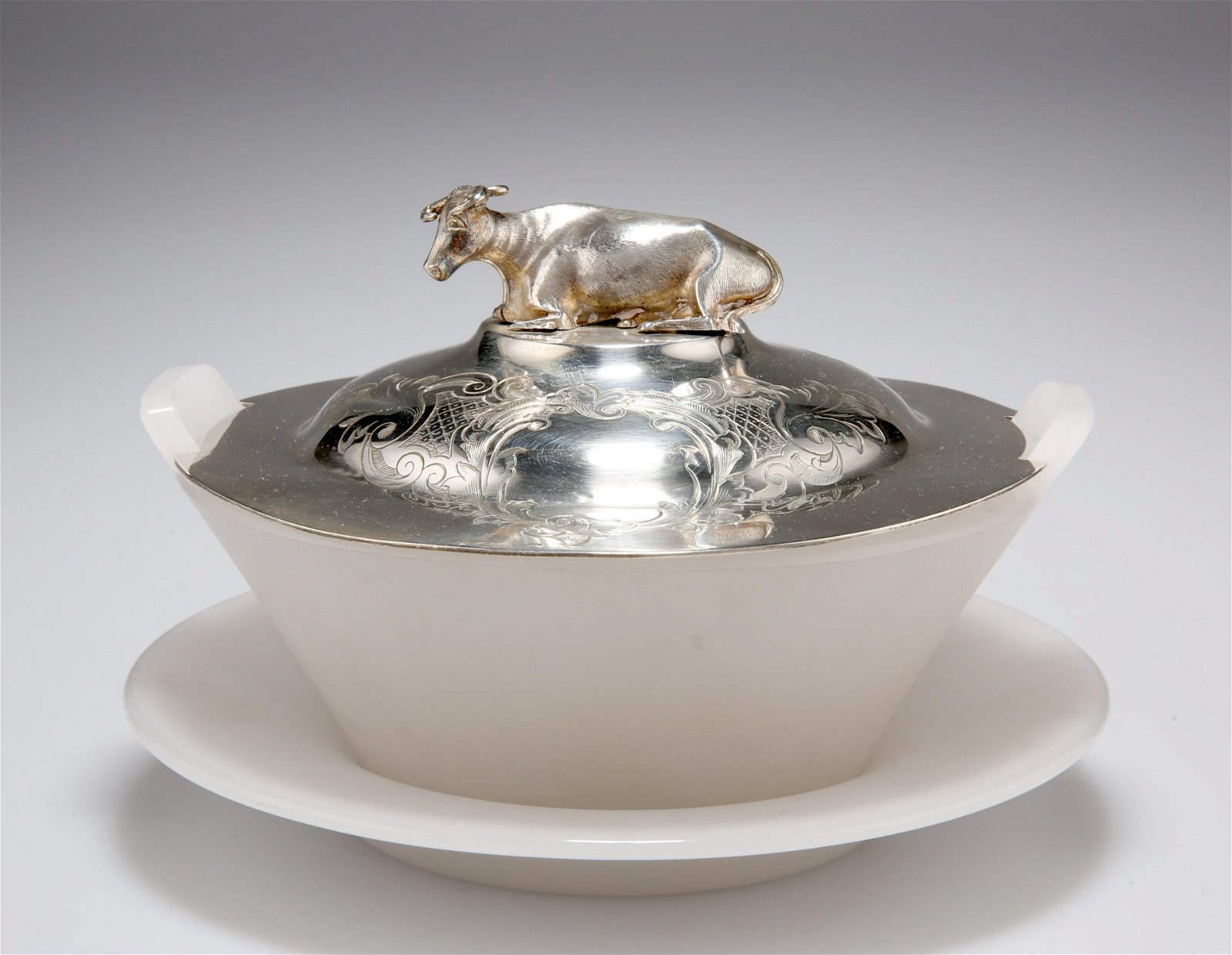 A VICTORIAN SILVER-LIDDED GLASS BUTTER DISH AND STAND,