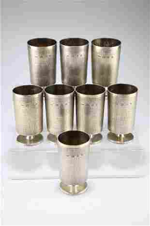 A SET OF EIGHT CONTEMPORARY GERALD BENNEY SILVER