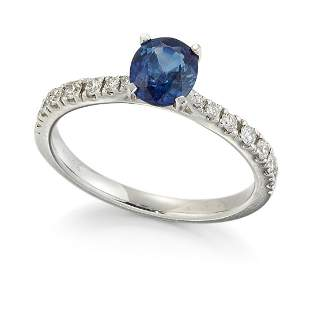 AN 18CT WHITE GOLD SAPPHIRE AND DIAMOND RING, an