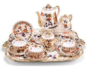 A DAVENPORT PORCELAIN TEA SERVICE, CIRCA 1870-1886,