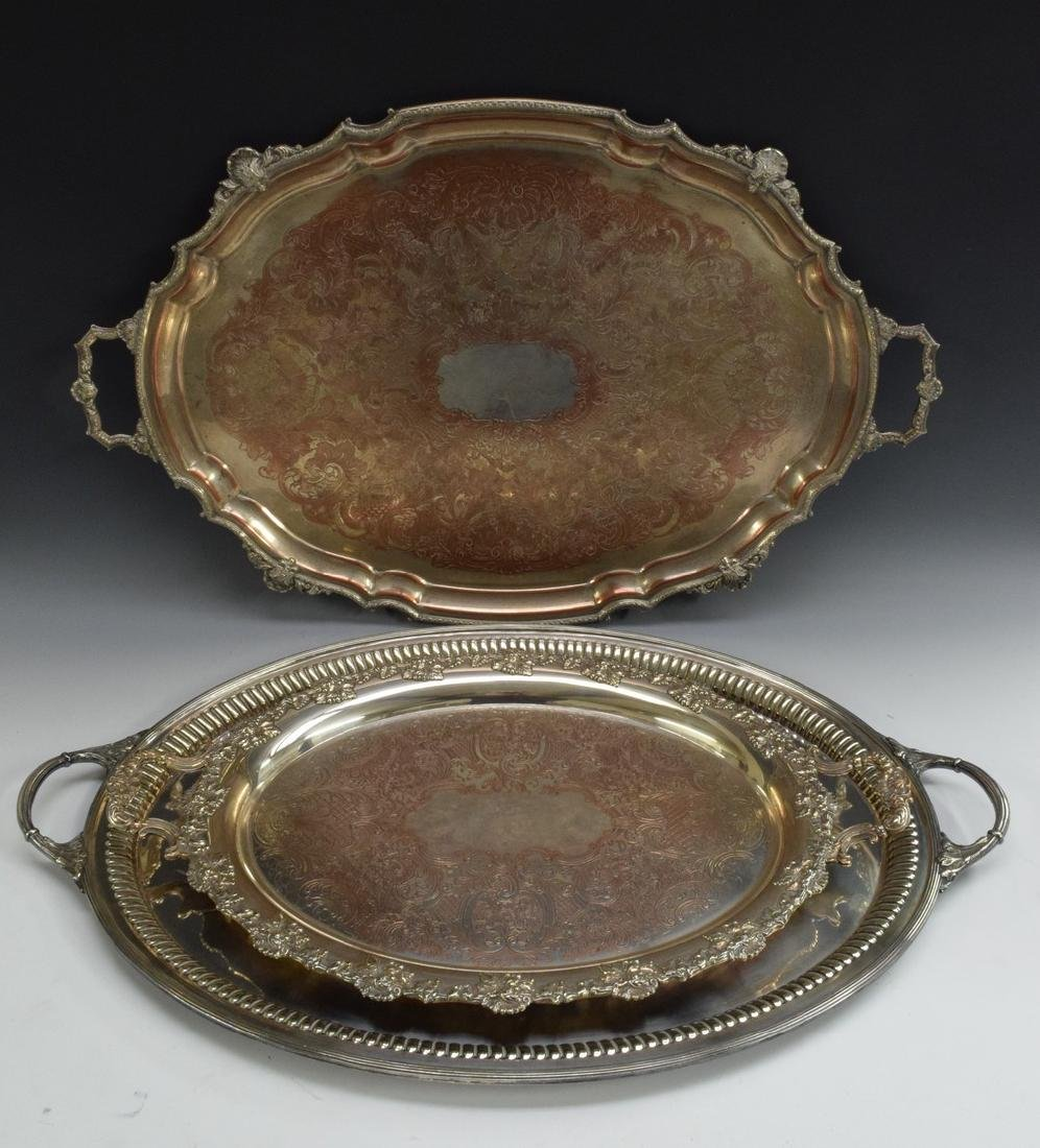 An EPNS oval serving tray, plain field, fluted border,