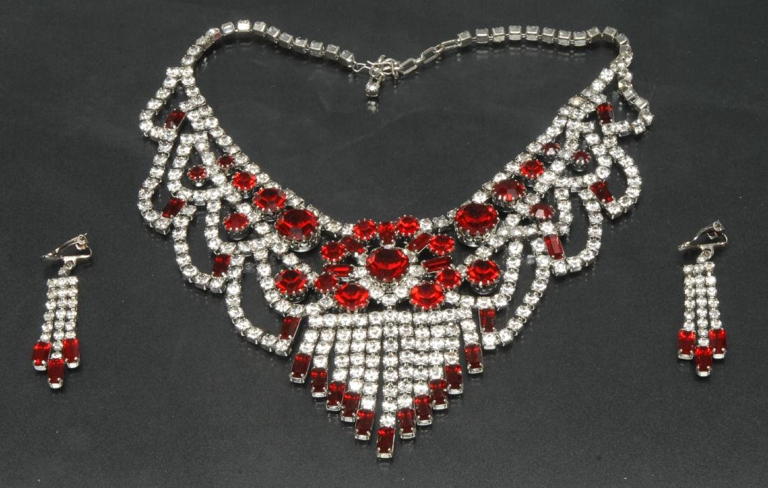 An impressive costume jewellery necklace and earrings