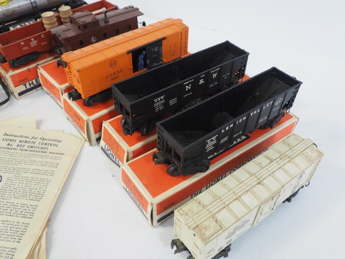 9-pcs Lionel train pieces - 2