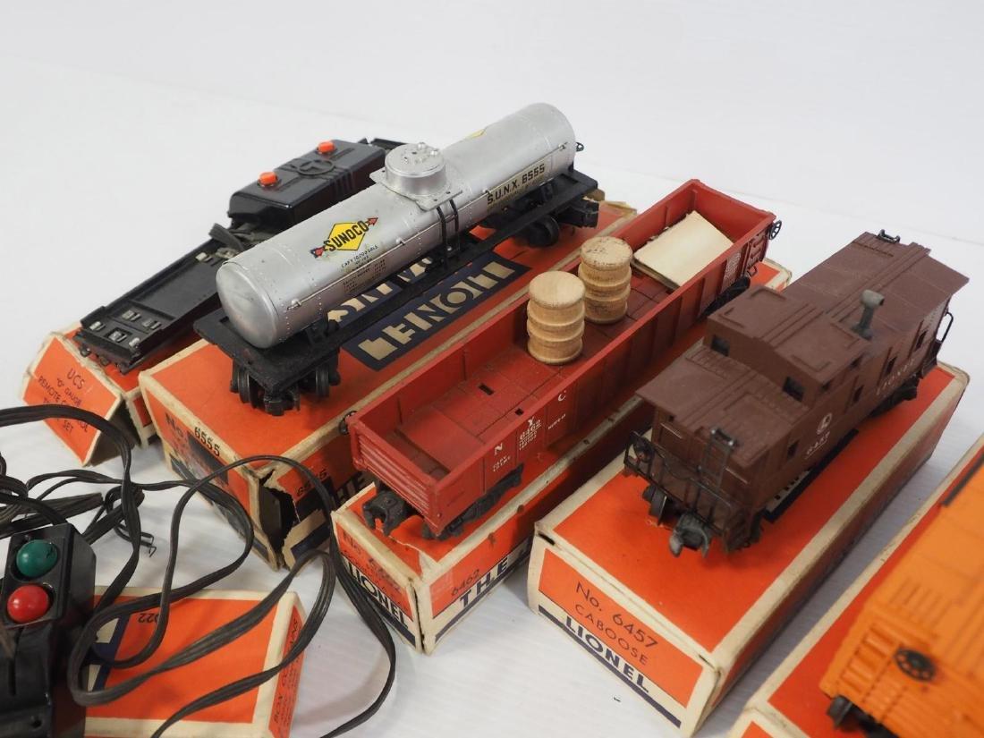 9-pcs Lionel train pieces - 3