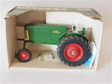 Oliver 77 Row Crop WF tractor