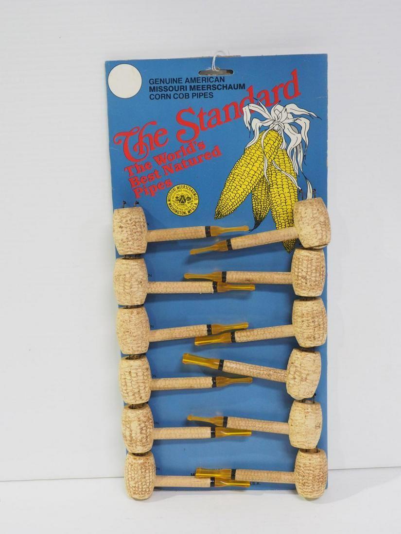 Corn cob smoking pipe display