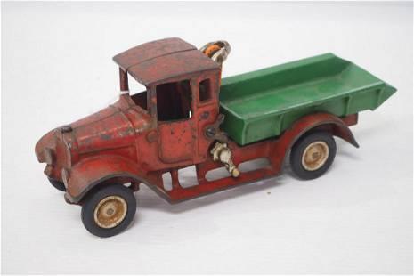 Arcade cast iron dump truck