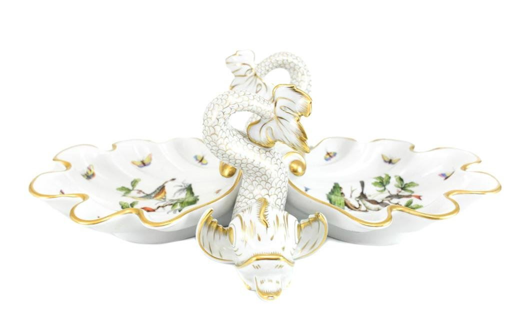 Herend  Porcelain Shell Centerpiece in Rothschild Bird