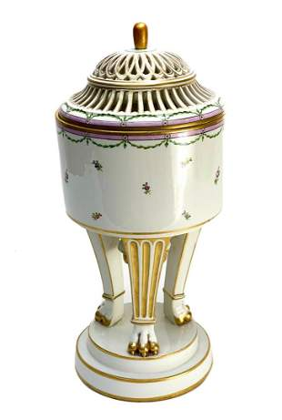 Imperial Royal Vienna Porcelain Urn