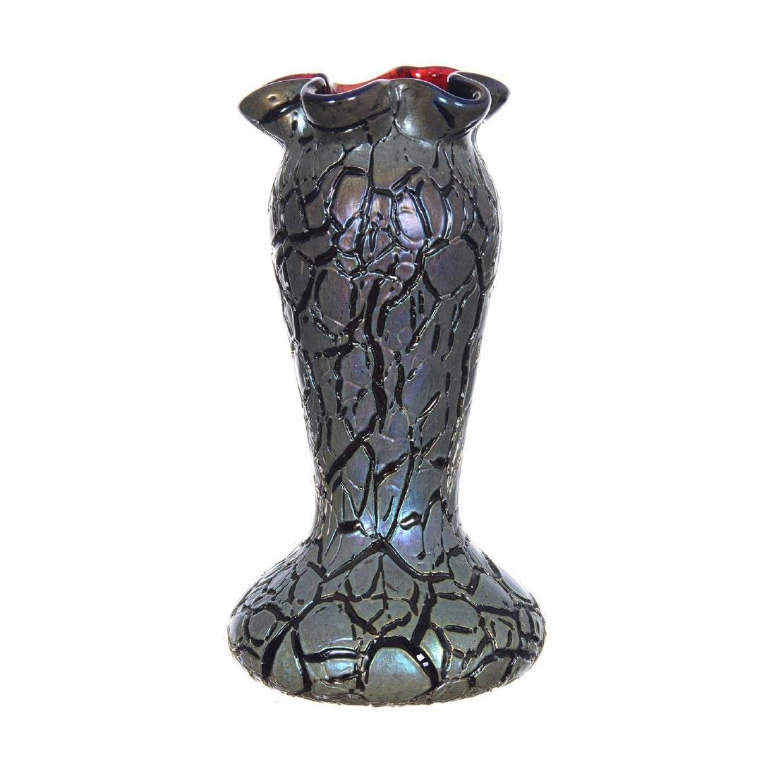 """7.25"""" Unmarked Rindskopf Crackle Pattern Art Glass Vase"""