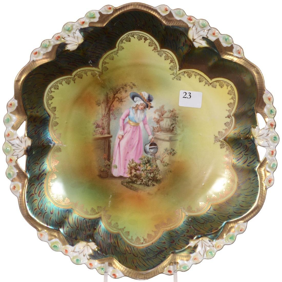 Open Handle Cake Plate