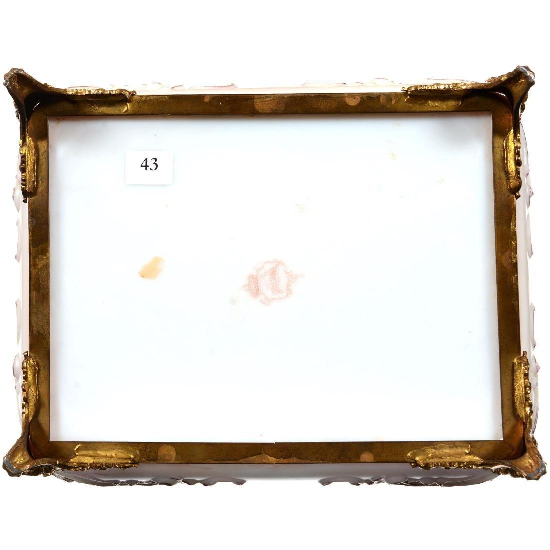 Wavecrest (Banner Mark) Hinged Rectangular Vanity Box - 4