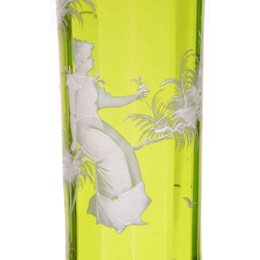 Vintage Mary Gregory Art Glass Vase - 3
