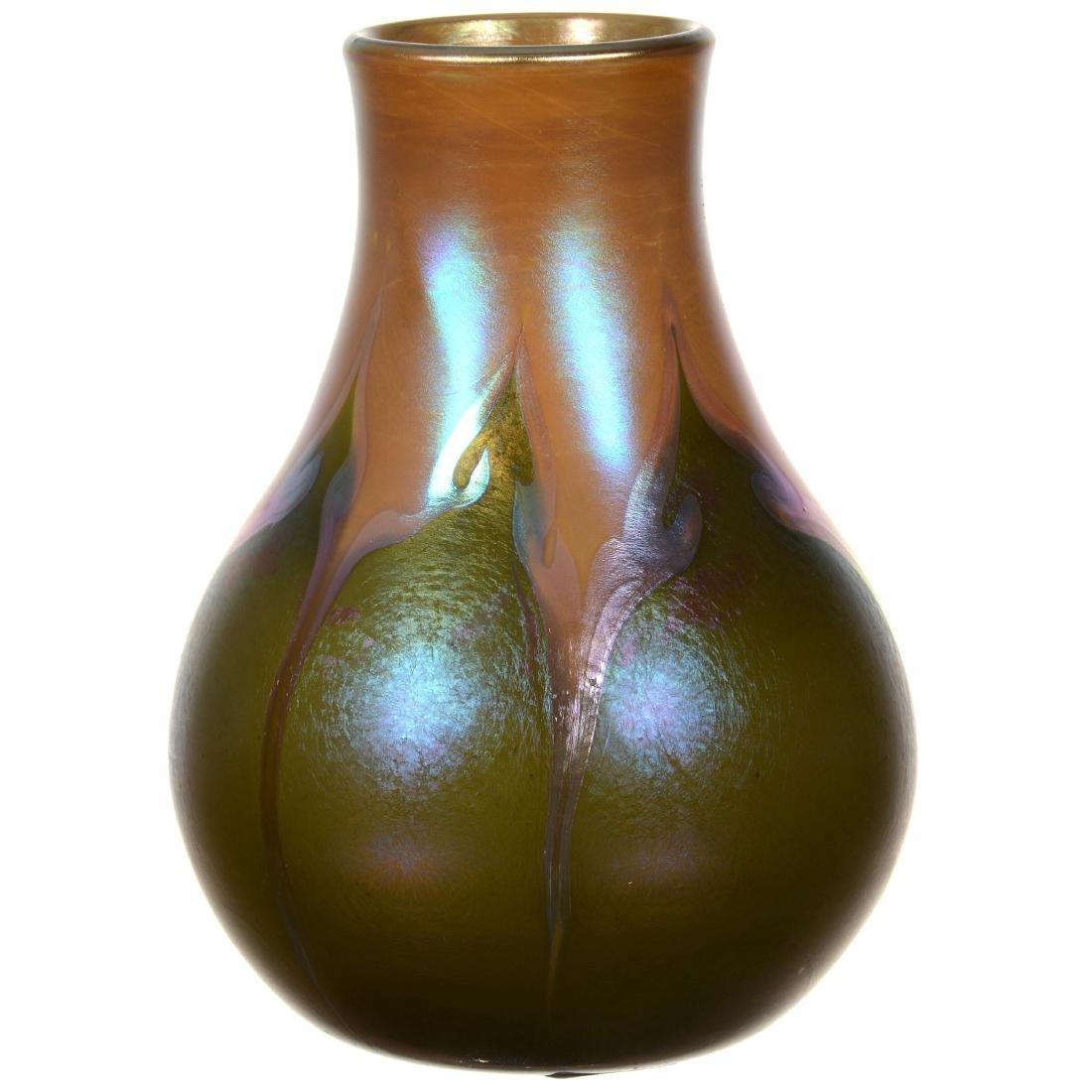 Unmarked Tiffany Style Art Glass Vase