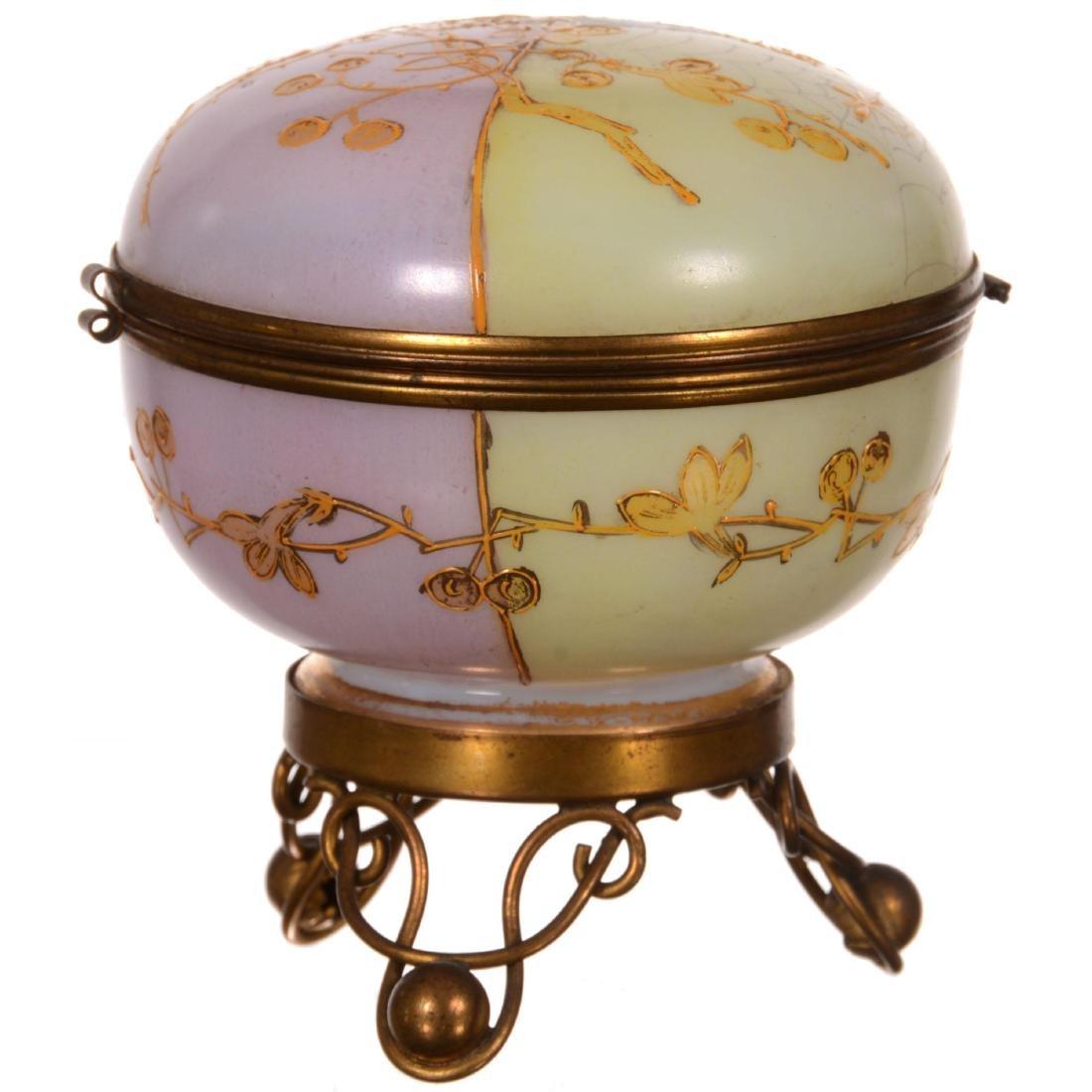 Art Glass Hinged Jewel Box