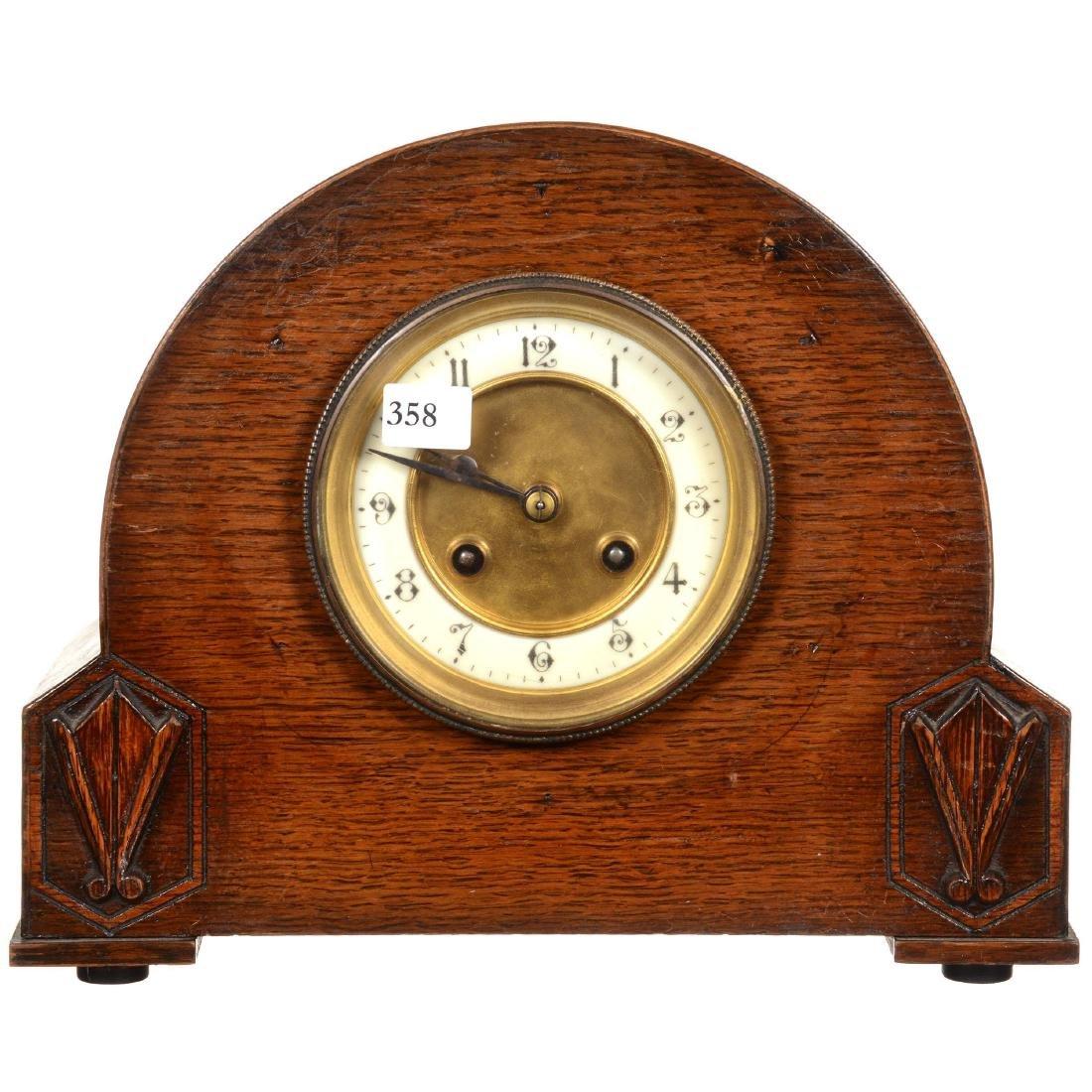 Oak Round Top Mantel Clock