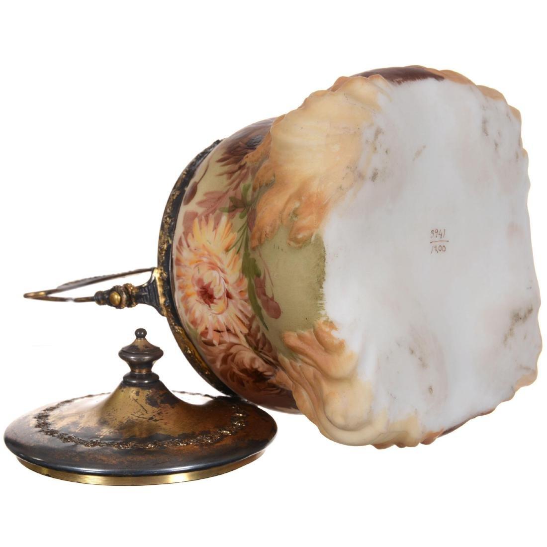 Unmarked Mt. Washington Biscuit Jar - 3