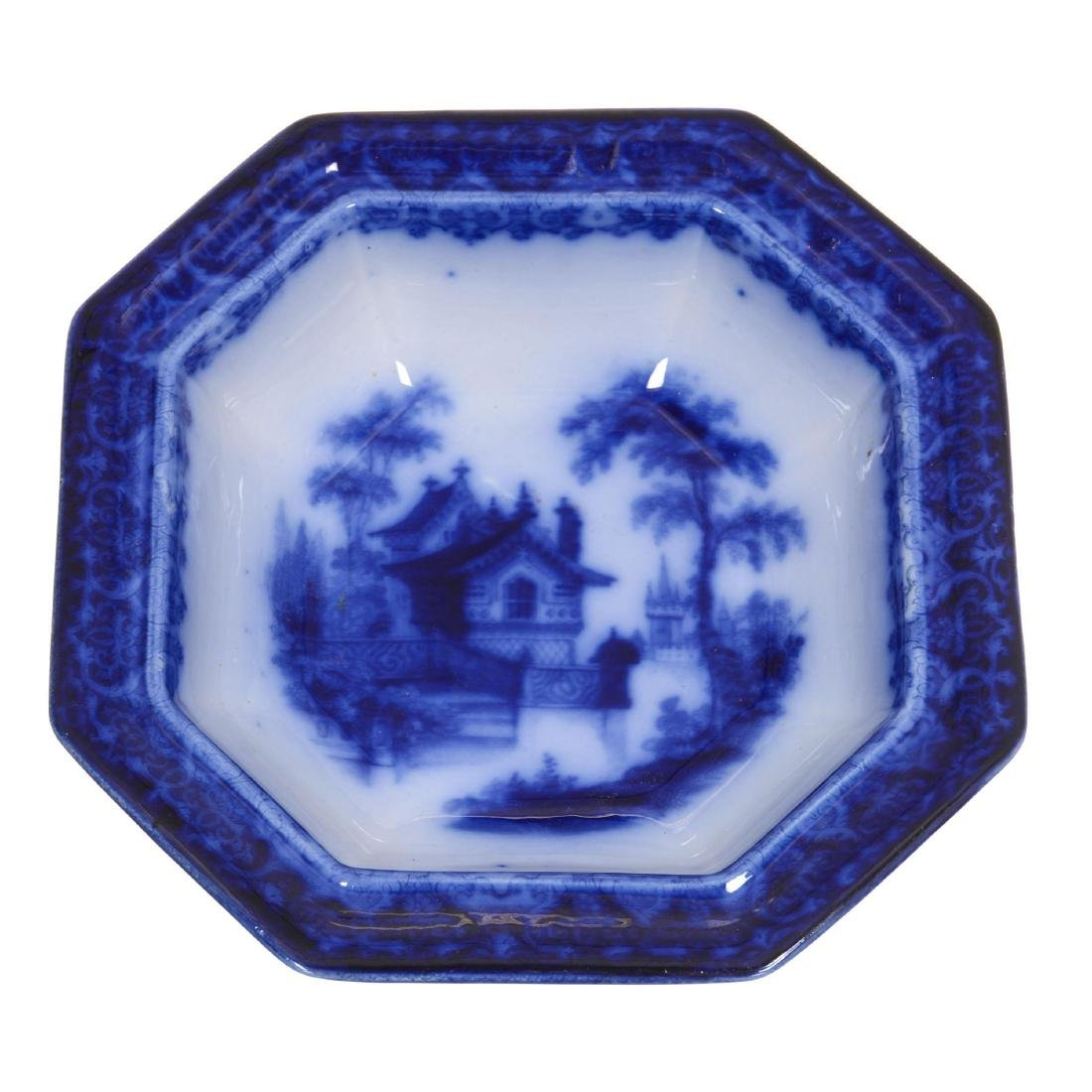 Flow Blue Arabesque Pattern Square Covered Tureen - 2