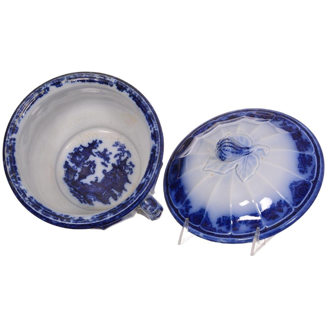 Flow Blue the Temple Pattern Covered Chamber Pot - 3