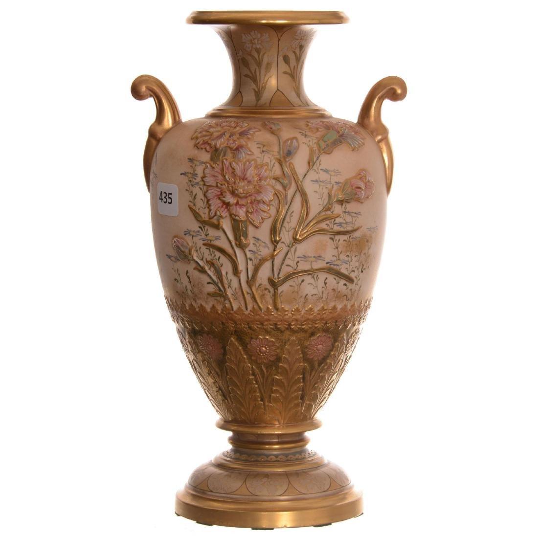 Pedestal Doulton Burslem Vase