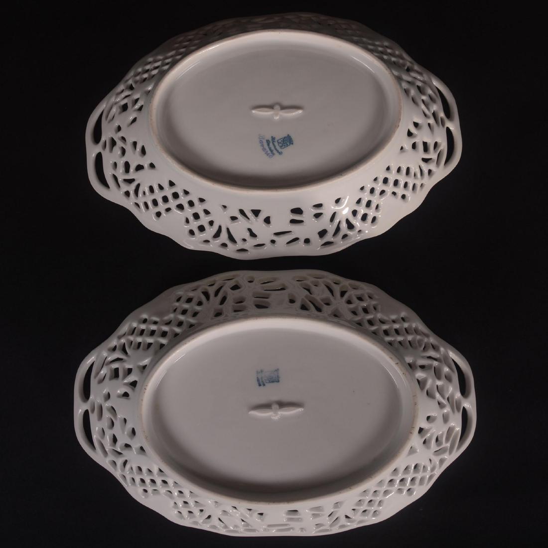 (2) Schumann Bavaria Chateau Pattern Oval Bowls - 3
